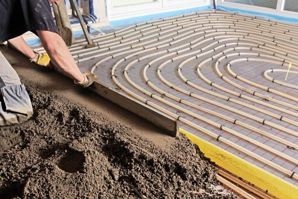 Estrichboden mit Fußbodenheizung
